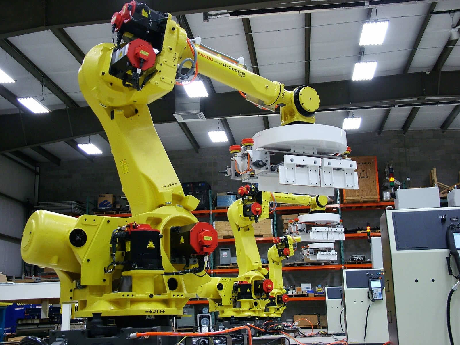 Large industrial robots qcomp for Joe s bain industrial organization