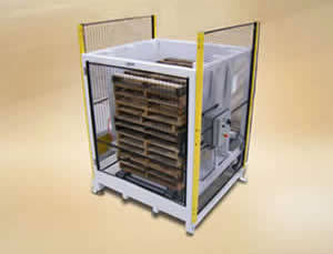 QComp robotic Palletizing pallet dispenser photo
