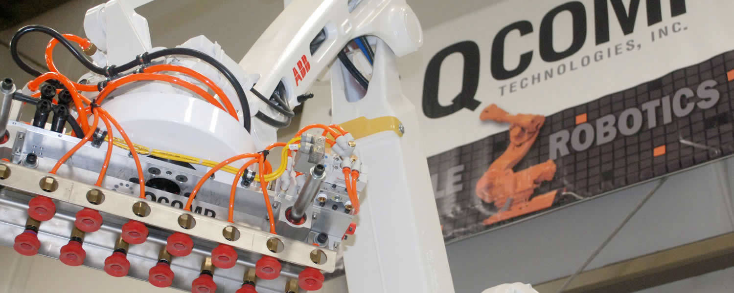 Header image of QComp Robot for its palletizing systems