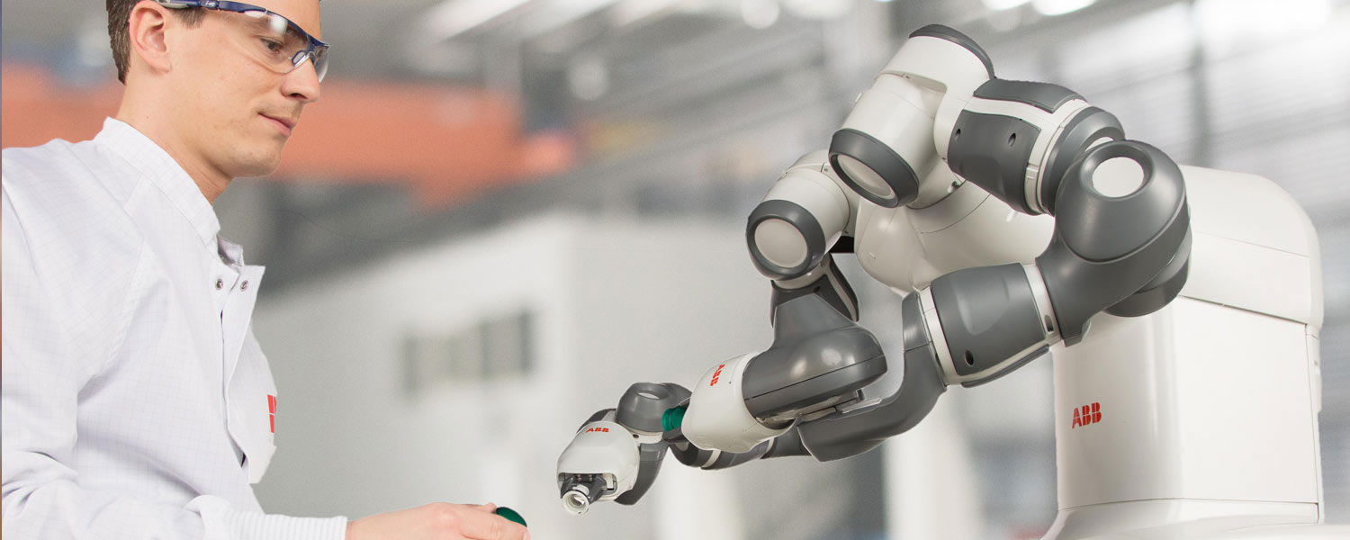 photo of QComp and ABB Yumi Collaborative Robot